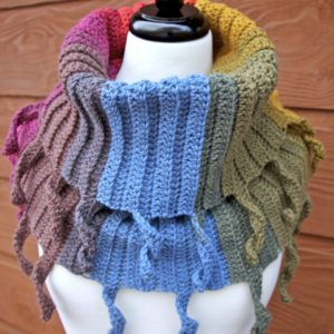 Curly Cute Cowl in Lion Brand Mandala Chimera