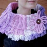 Chains of Love Cowl Caron Chunky Cakes free pattern