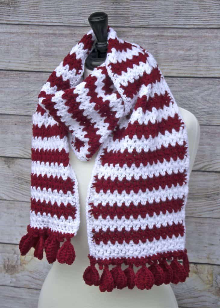 Easy V-Stitch Hearts Aflutter Scarf Free Crochet Pattern