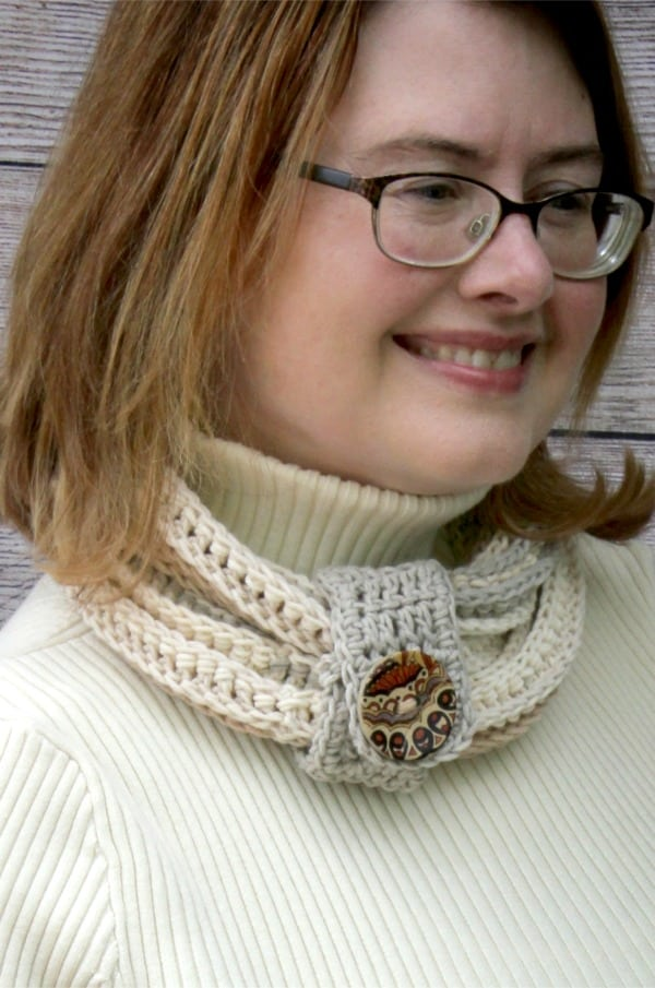 Coiling Colors Cowl Crochet Video Tutorial