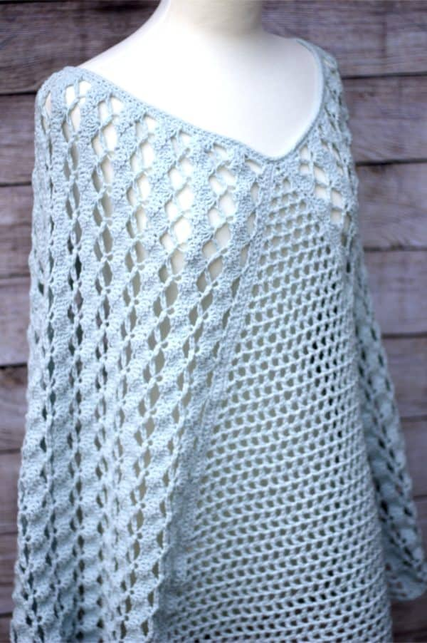 Whimsical Waves Poncho free crochet pattern video tutorial