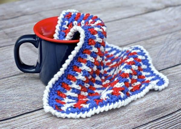 Any Holiday Textured Dishcloth a free crochet pattern