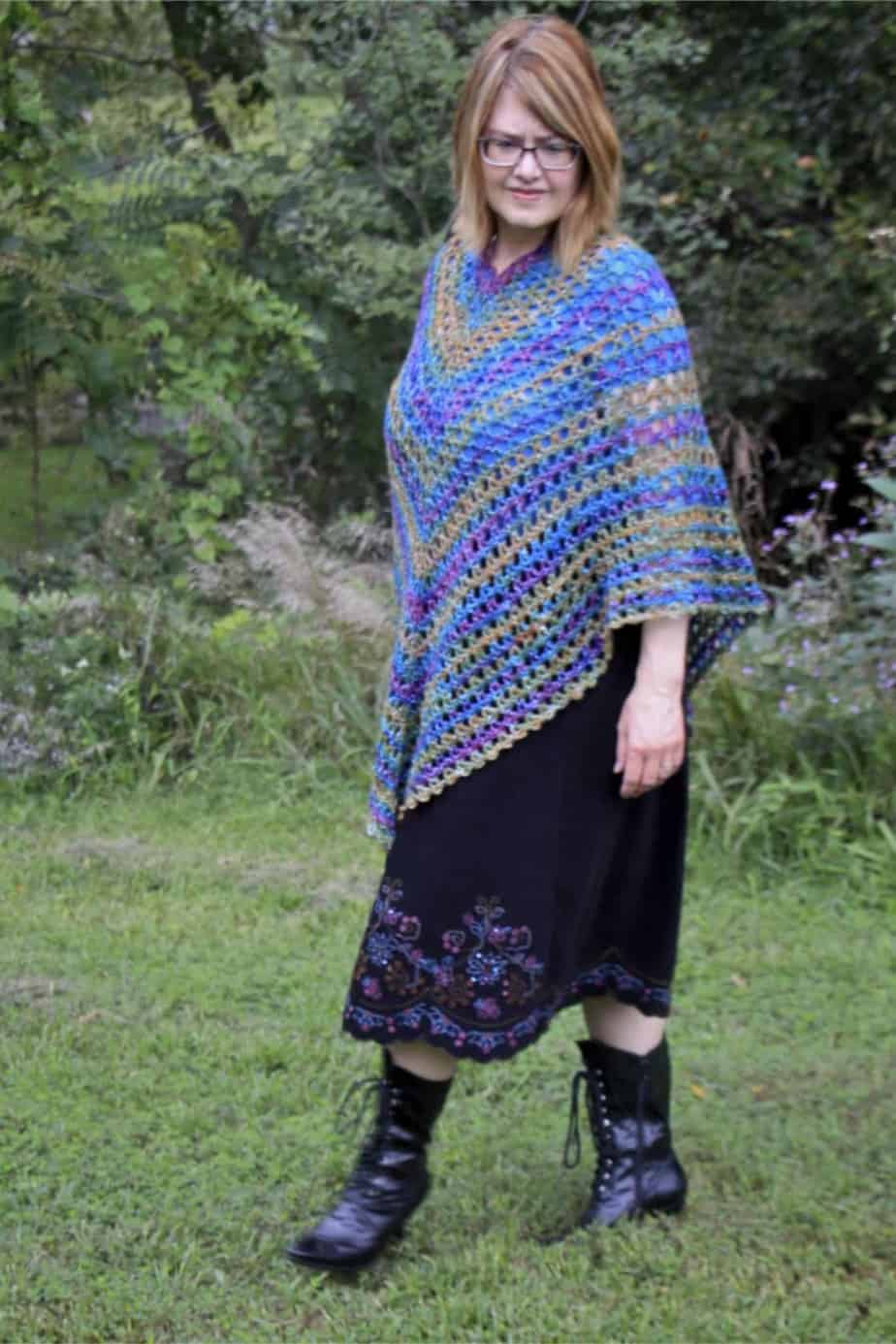 Midnight Madness Poncho video tutorial a free crochet pattern