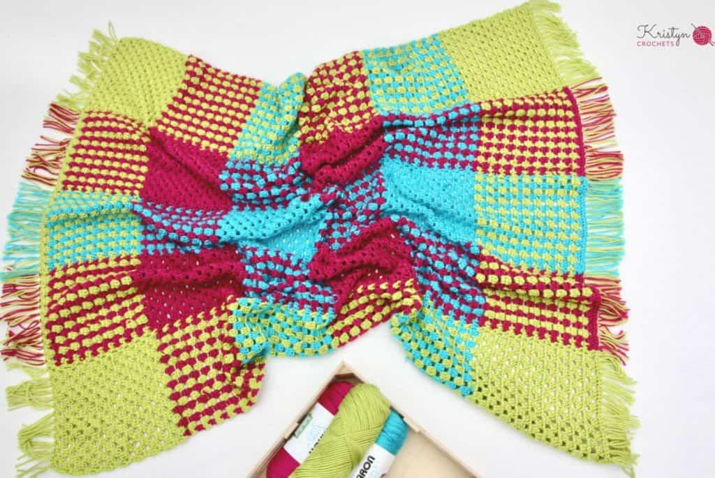 Crochet Granny Stripe Gingham Blanket a free pattern