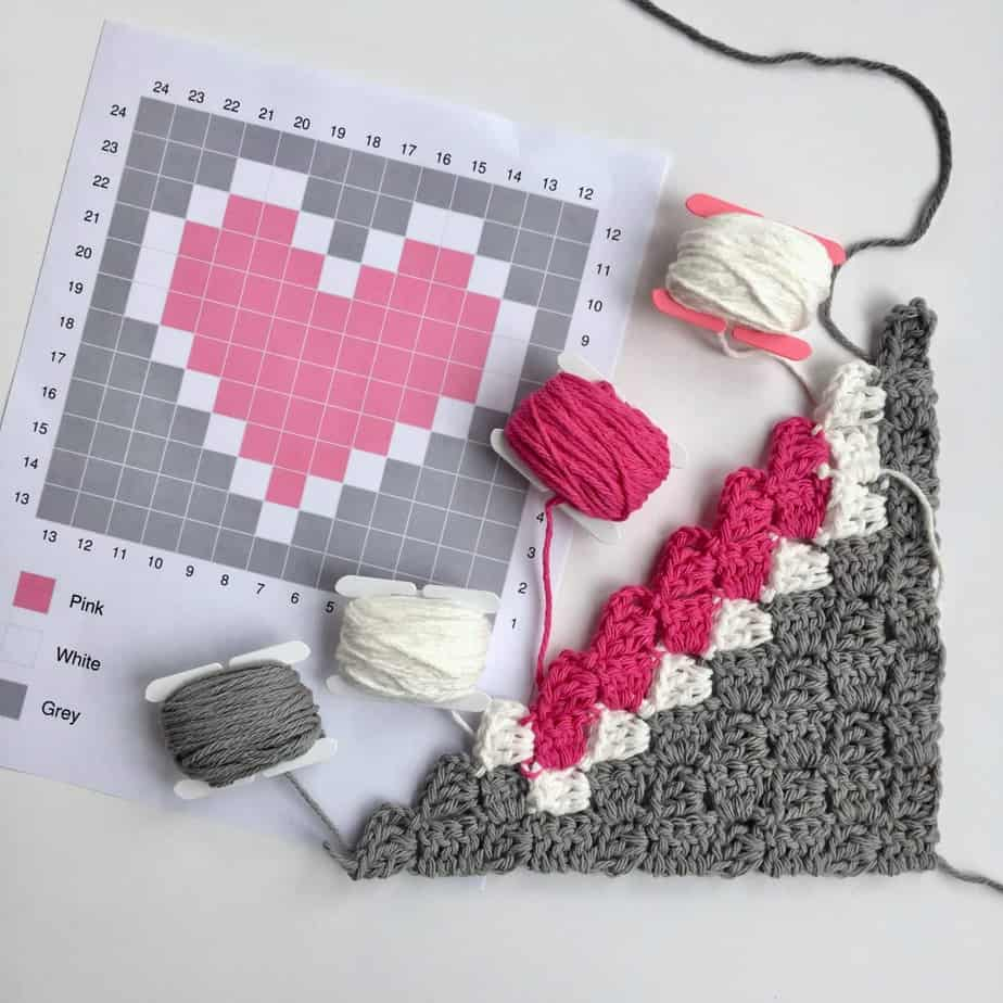 Guide to Changing Colors in Corner to Corner (C2C) + Free Heart Dishcloth Pattern!