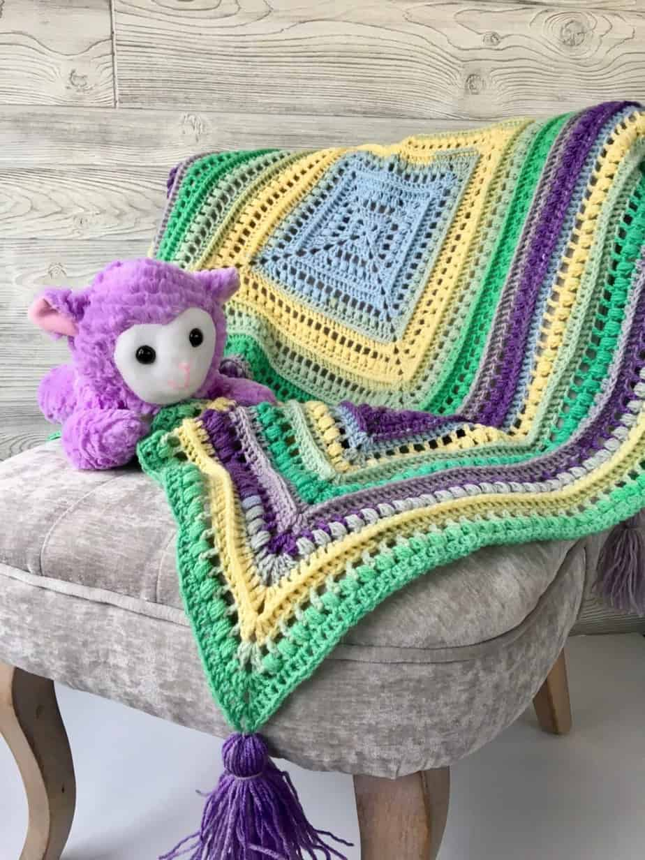 Wrap Me In Sunshine Blanket free crochet pattern!