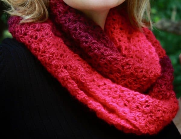 Shades of Pink Infinity Scarf free crochet pattern