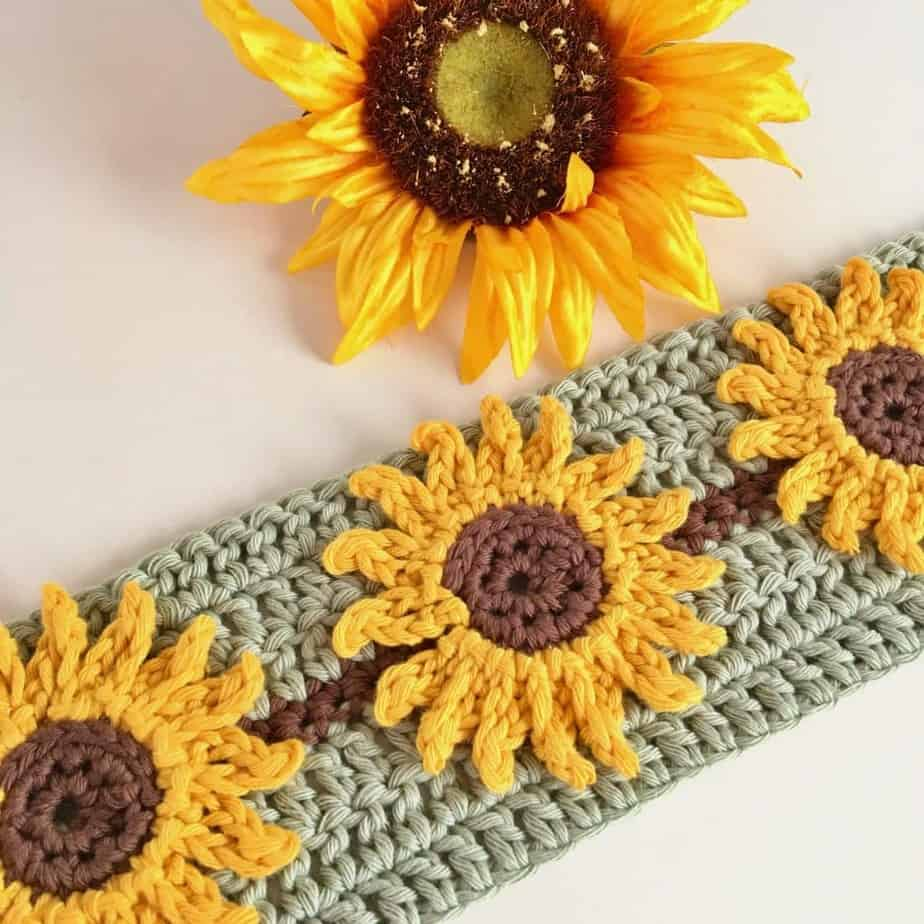 Sunflower Crochet Stitch Photo & Video Tutorial
