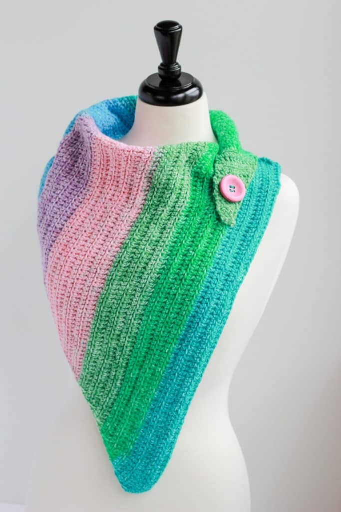 Easy crochet Cowl one skein free crochet pattern