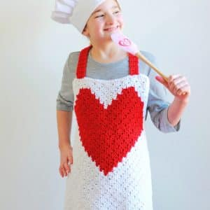 Heart C2C Child Apron free crochet pattern