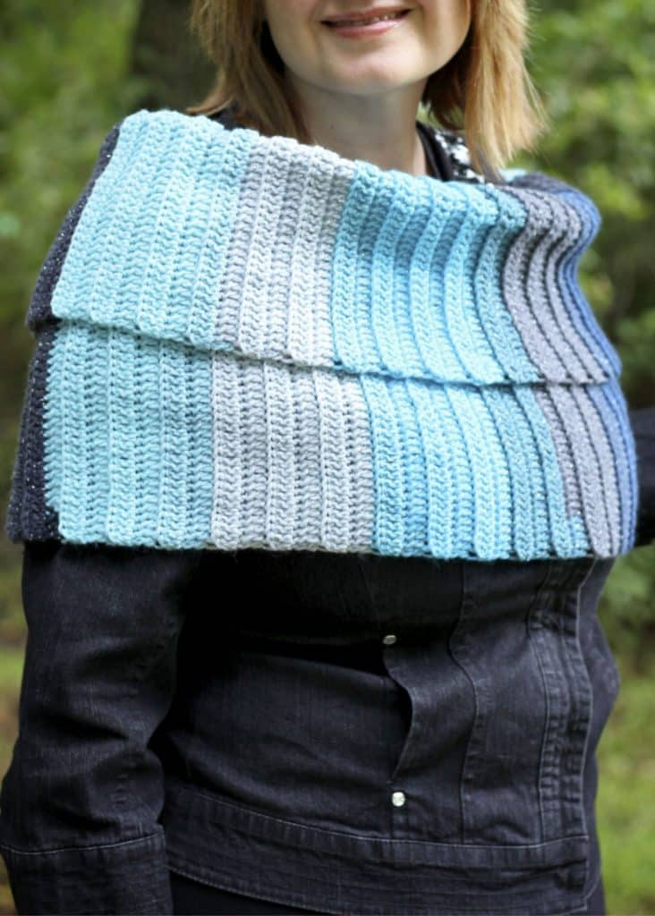 Beginner Friendly Free crochet scarf pattern
