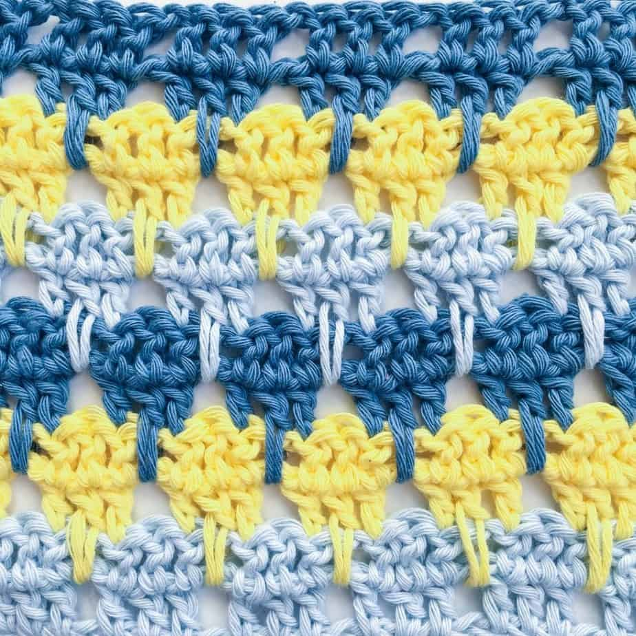 Larksfoot Stitch tutorial close up shot