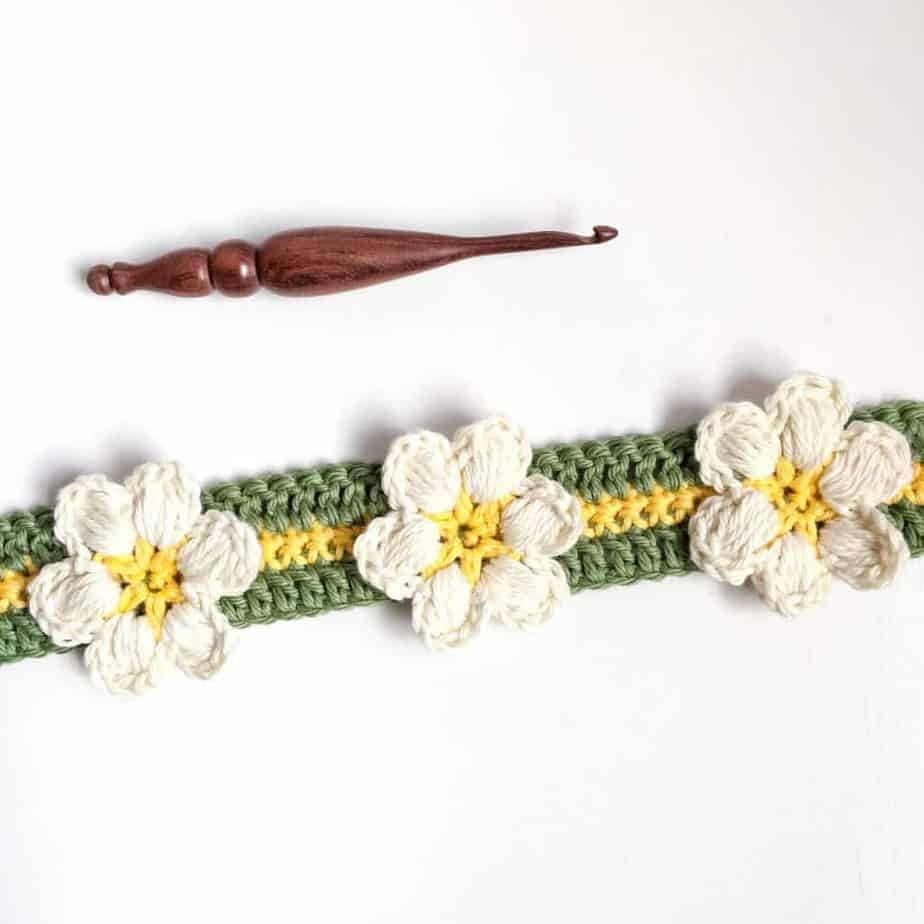 Magnolia Flower Crochet Stitch Tutorial closeup