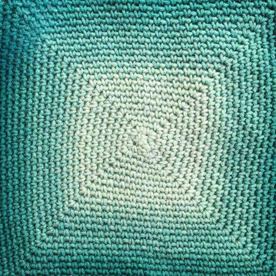 Flower Meadow Blanket free crochet pattern flat center