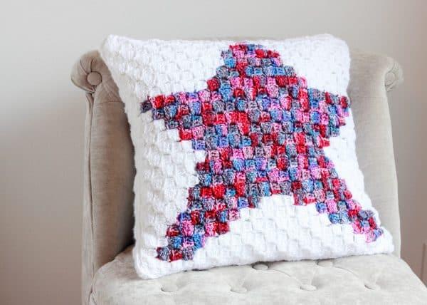 Star C2C Pillow free crochet pattern chair