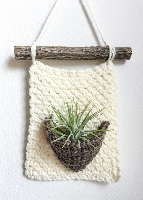 Air Plant Hanger free crochet pattern no fringe