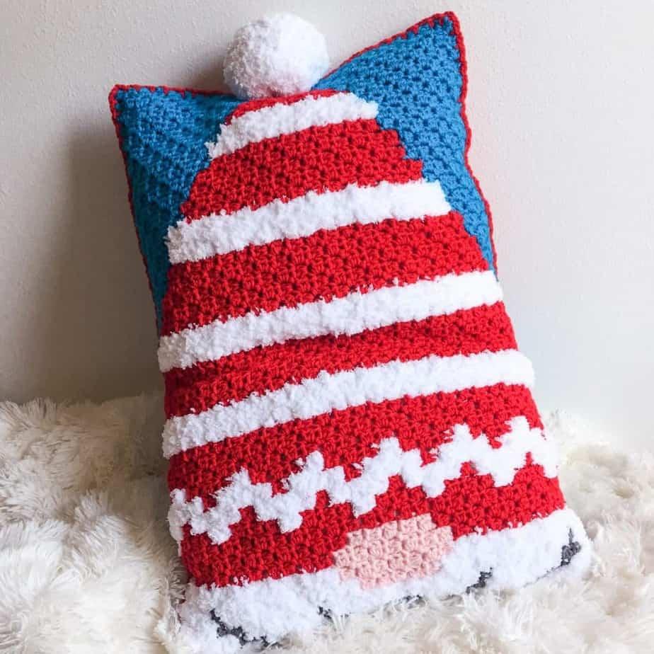 Christmas Gnome C2C Pillow free crochet pattern