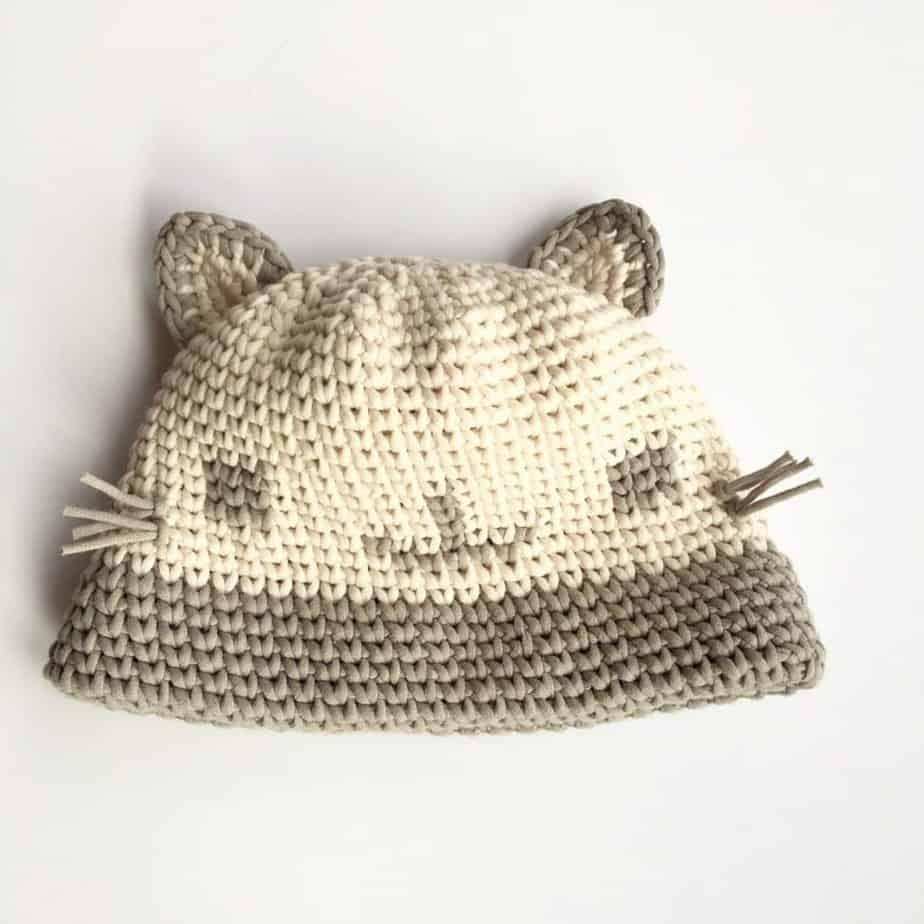 Cat Crochet looks like knit hat free crochet pattern