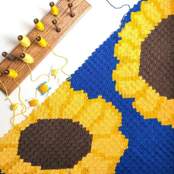 Sunflower C2C Blanket free crochet pattern in process
