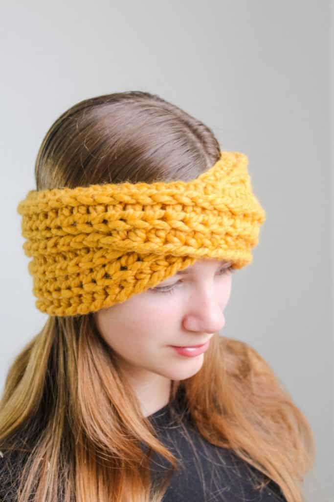 Highland Twist Headband free crochet pattern process 4