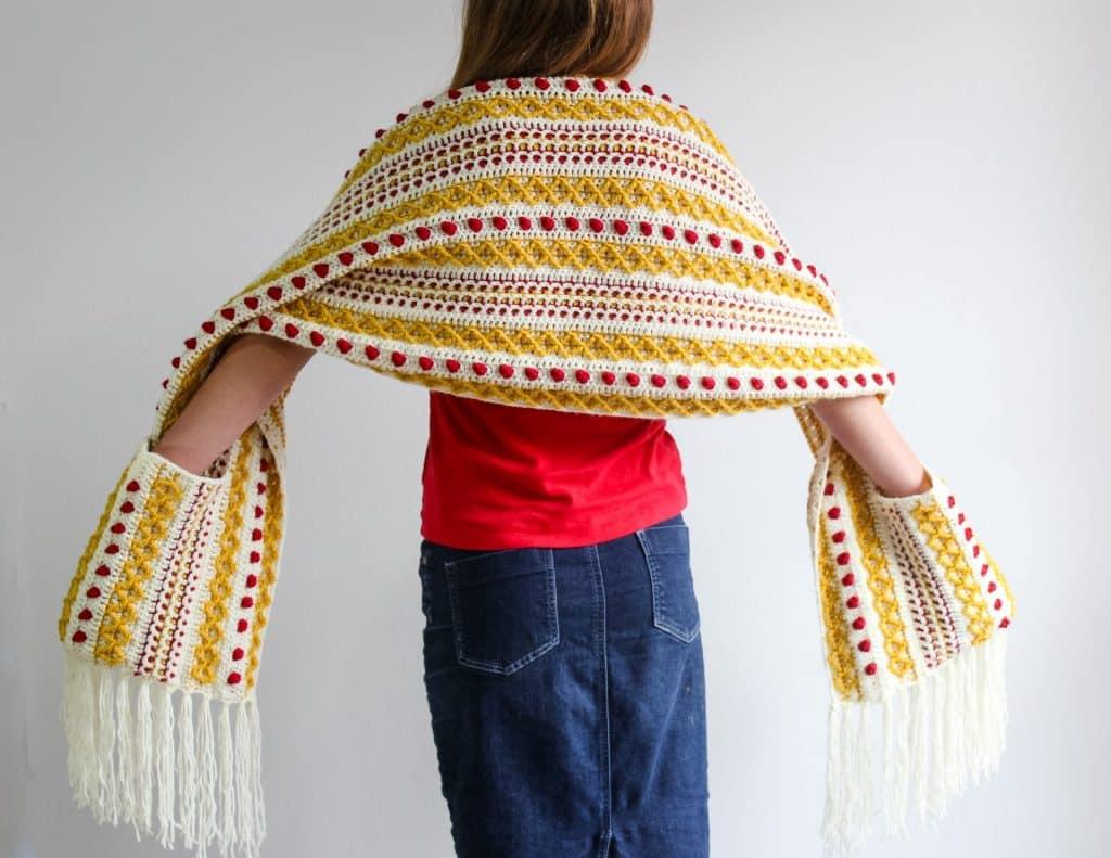 Marjorie Pocket Scarf free crochet pattern CAL