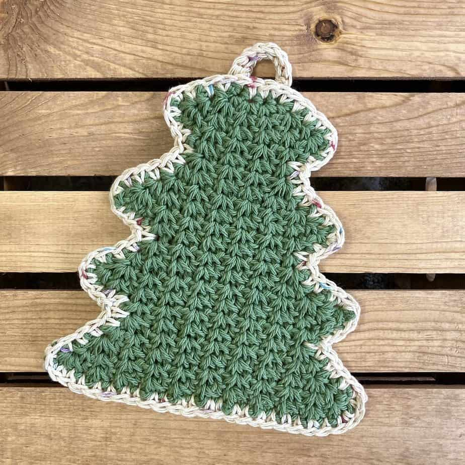 Holiday Tree Hot Pad by Simply Hooked by Janet