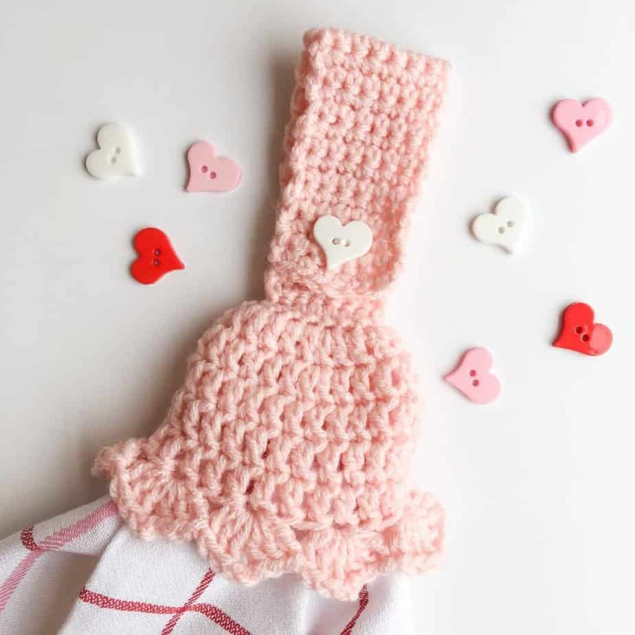 Tasseled Towel Topper free crochet pattern