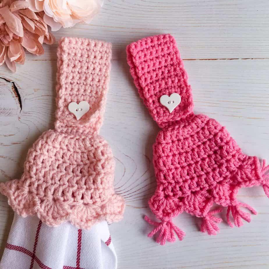 Tasseled Towel Topper free crochet pattern