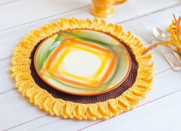 Sunflower free crochet pattern