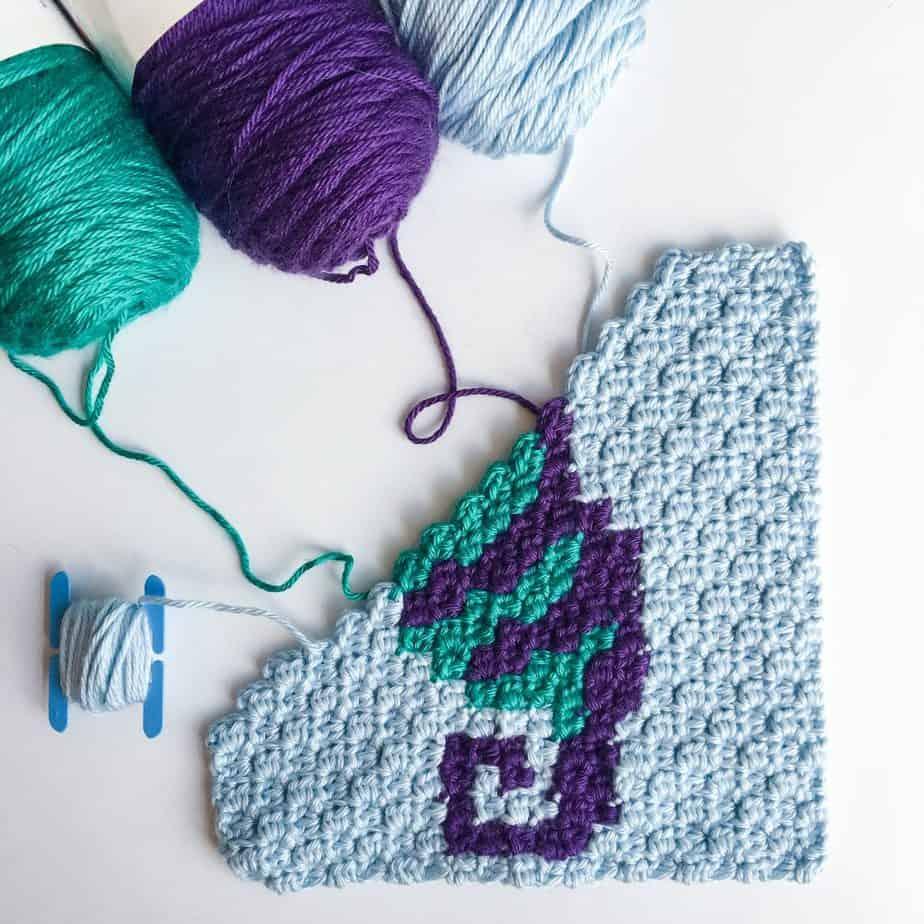 Crochet seahorse free c2c pattern