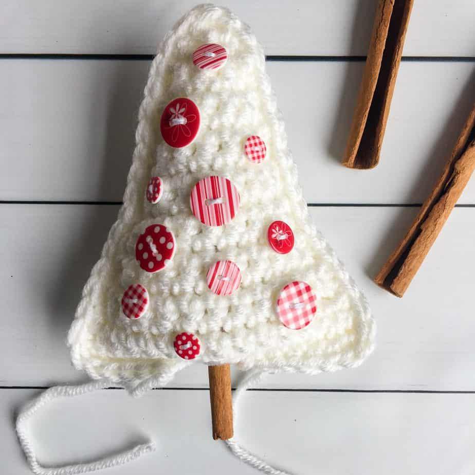 Christmas Tree Crochet Ornament free pattern