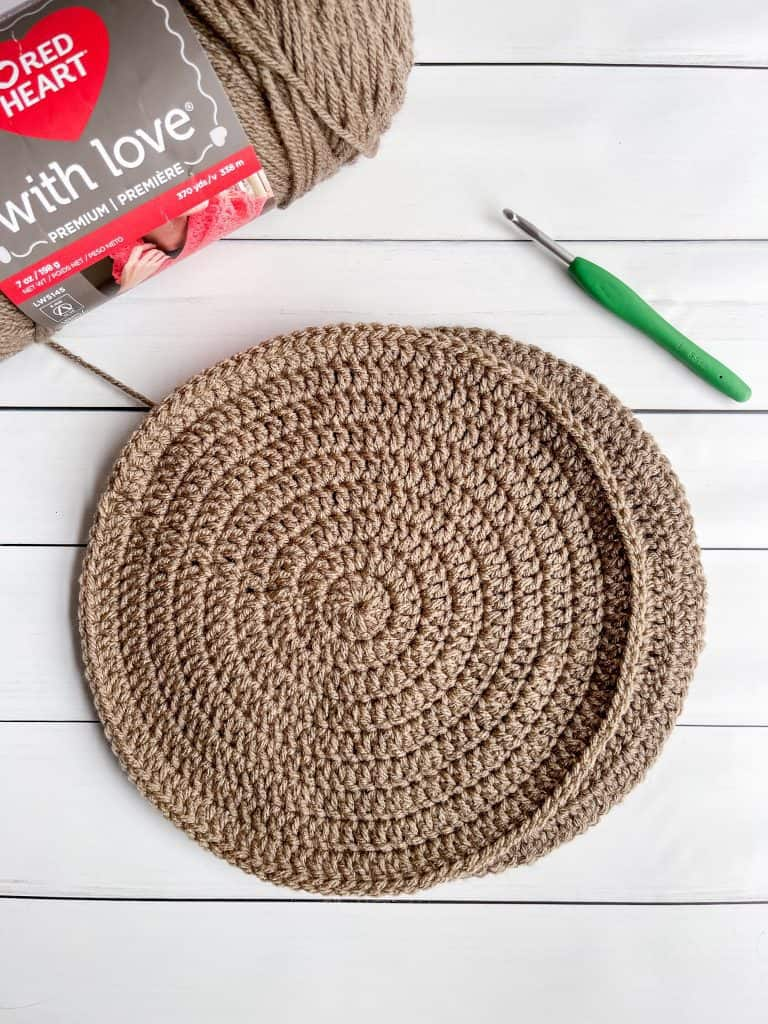 Reindeer crochet pattern hot pad pattern