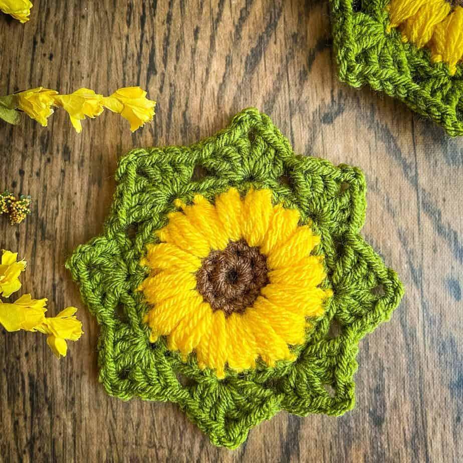 Sunflower crochet motif