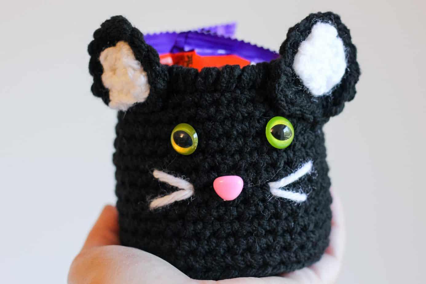 black cat halloween crochet pattern